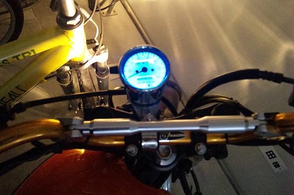 LEDメーター 250TR