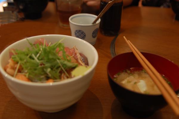 山本善三郎商店